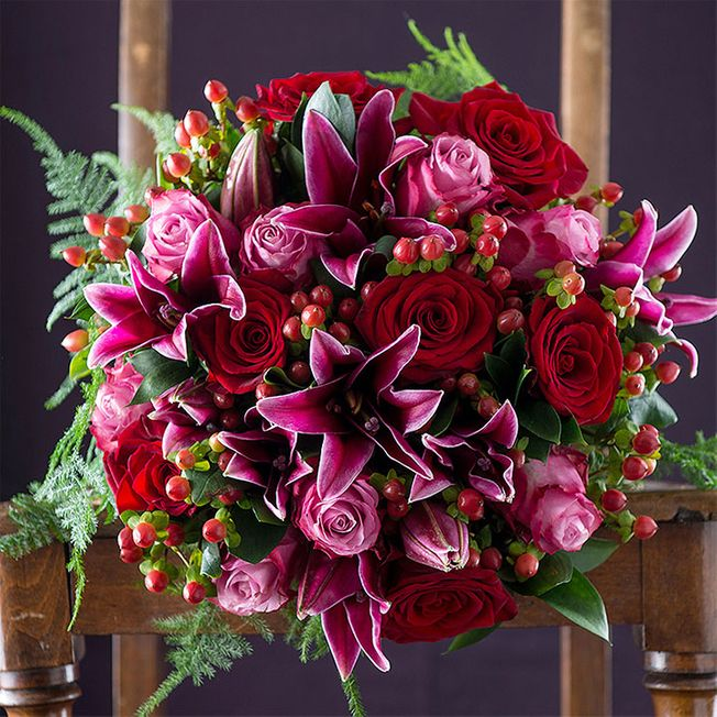 Luxury rose and lily bouquet