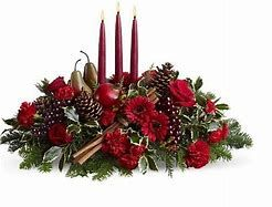 Long low Christmas candle arrangement