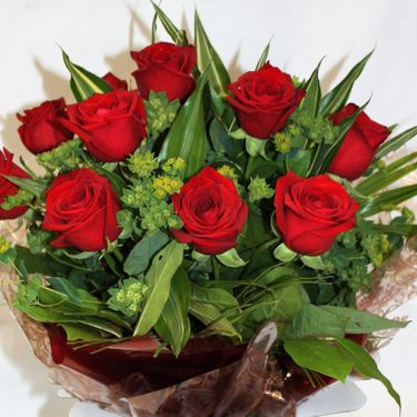 12 Red Rose Hand Tied Bouquet aqua pack