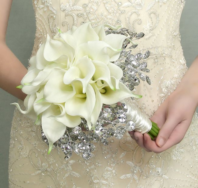 A calla lily brides bouquet