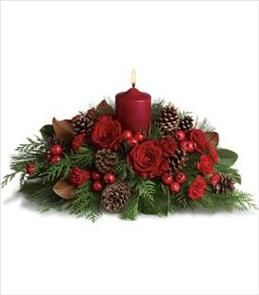 christmas round candle arrangement
