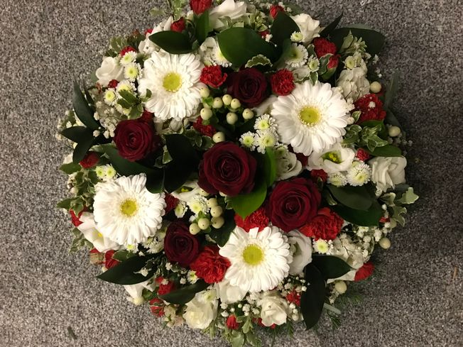 Loose posy pad funeral tribute